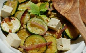 Courgettes grillées sur lit de quinoa
